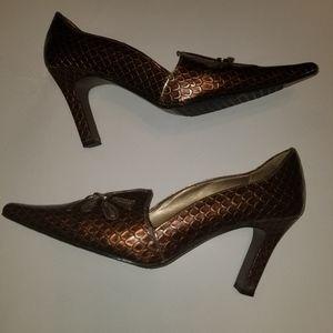 Bellini Heels Pumps designer Shoes size 8 womans